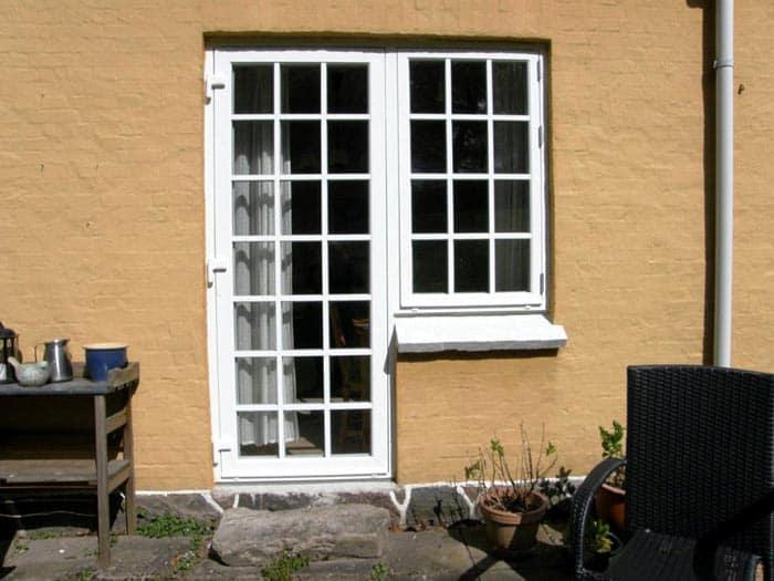 Billeder af PVC døre og vinduer