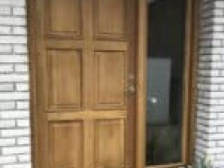 Mahogni yderdør giver nyt udtryk til huset