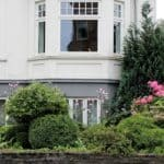 Smukke nye vinduer i husets stil