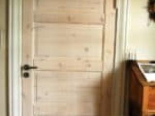 Hvid luddet dør med 4 fyldninger