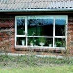 Stort vindue med speciel inddeling af glas