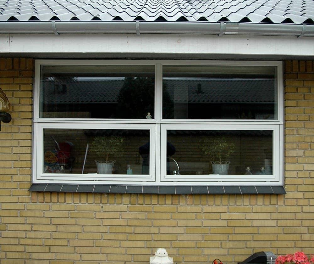 Todelte tophængte vinduer