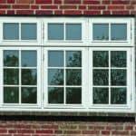 Flot designet vindue i gammel stil