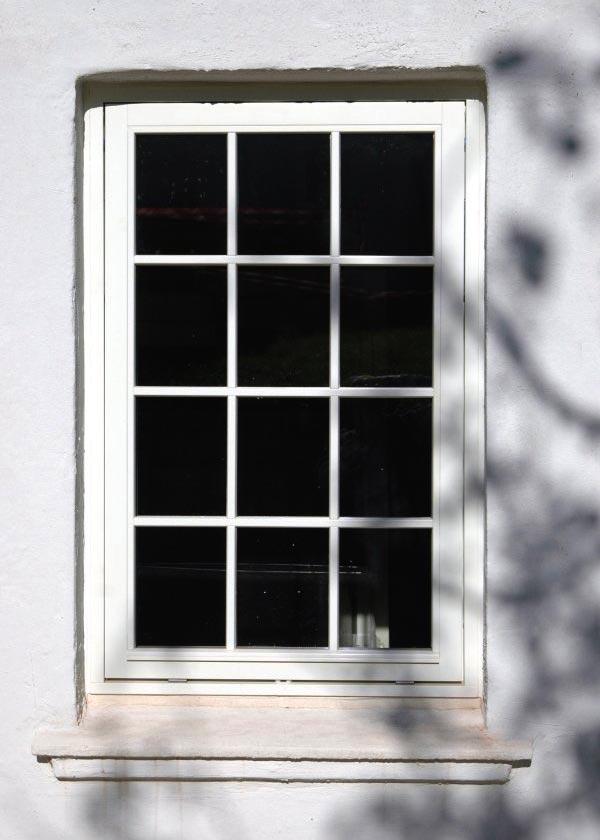 Nyt topstyret og småsprosset vinduer